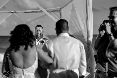 Iberostar Grand Paraiso wedding groom first look to his bride