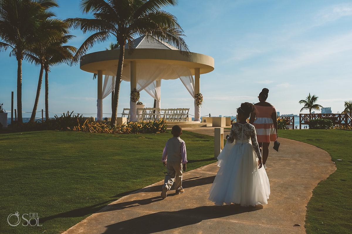 Hyatt Ziva Cancun gazebo cliff wedding entrance