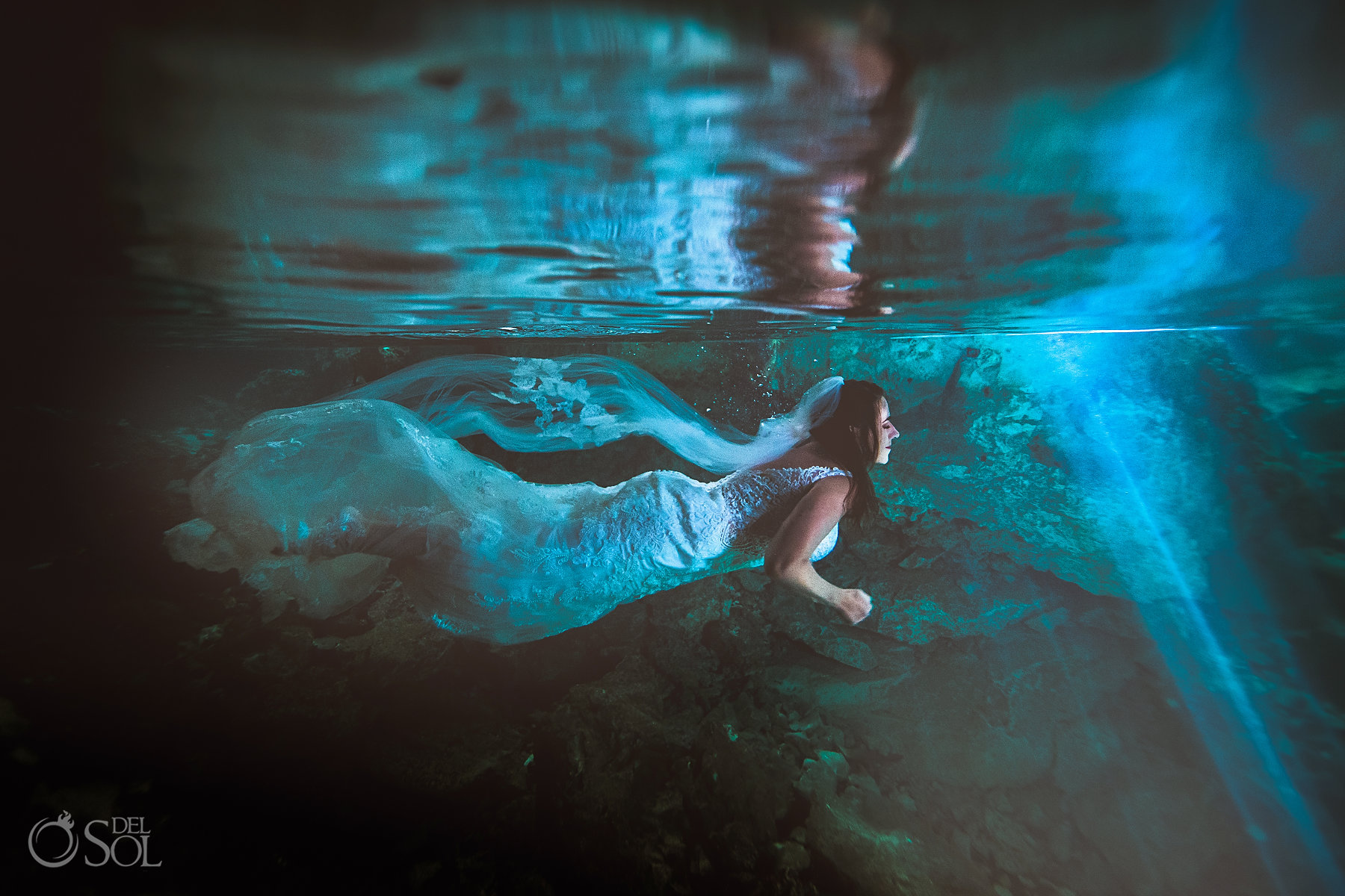 underwater trash the dress photography Tulum Cenote Experience