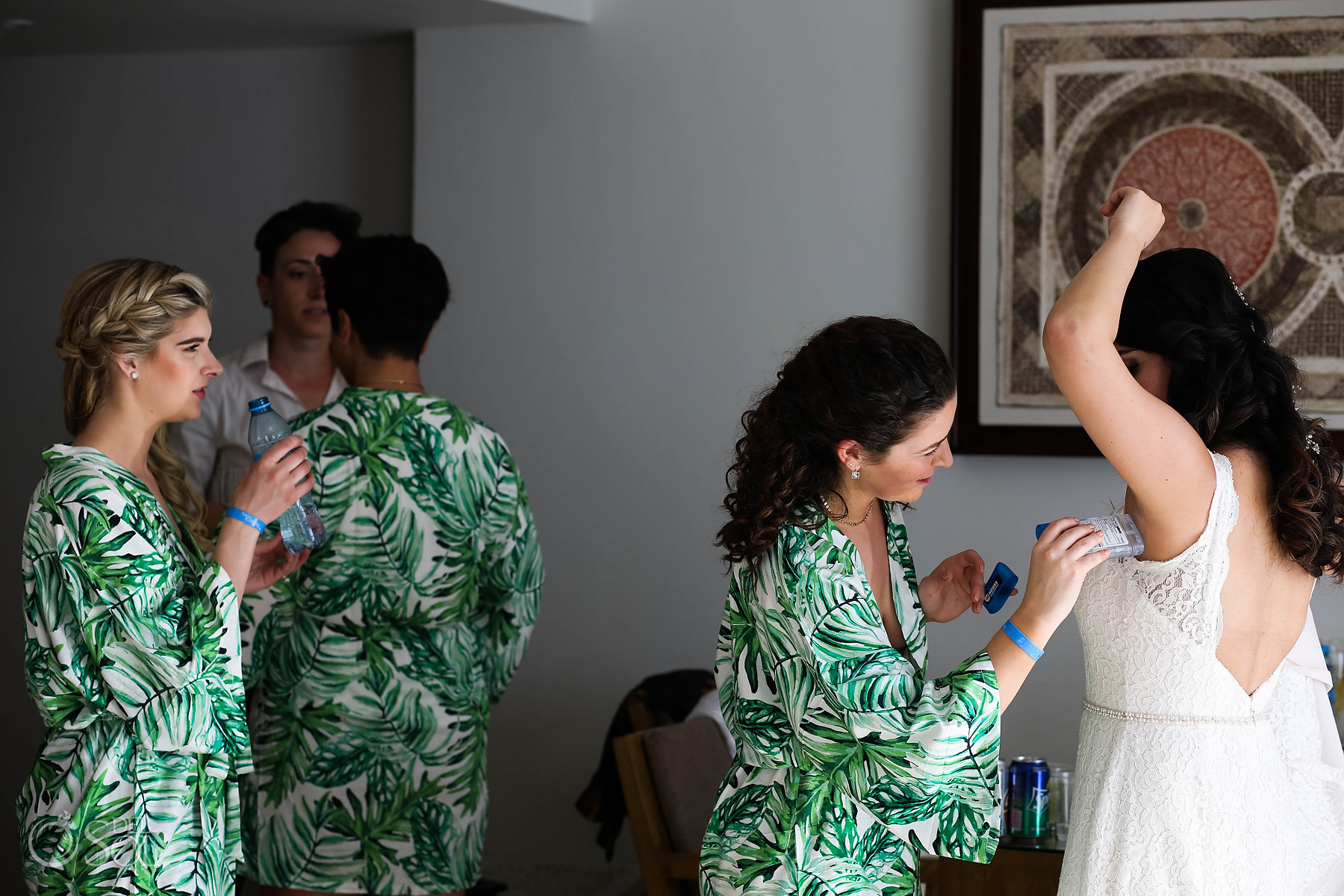 Fun Documentary photography getting ready bridal party