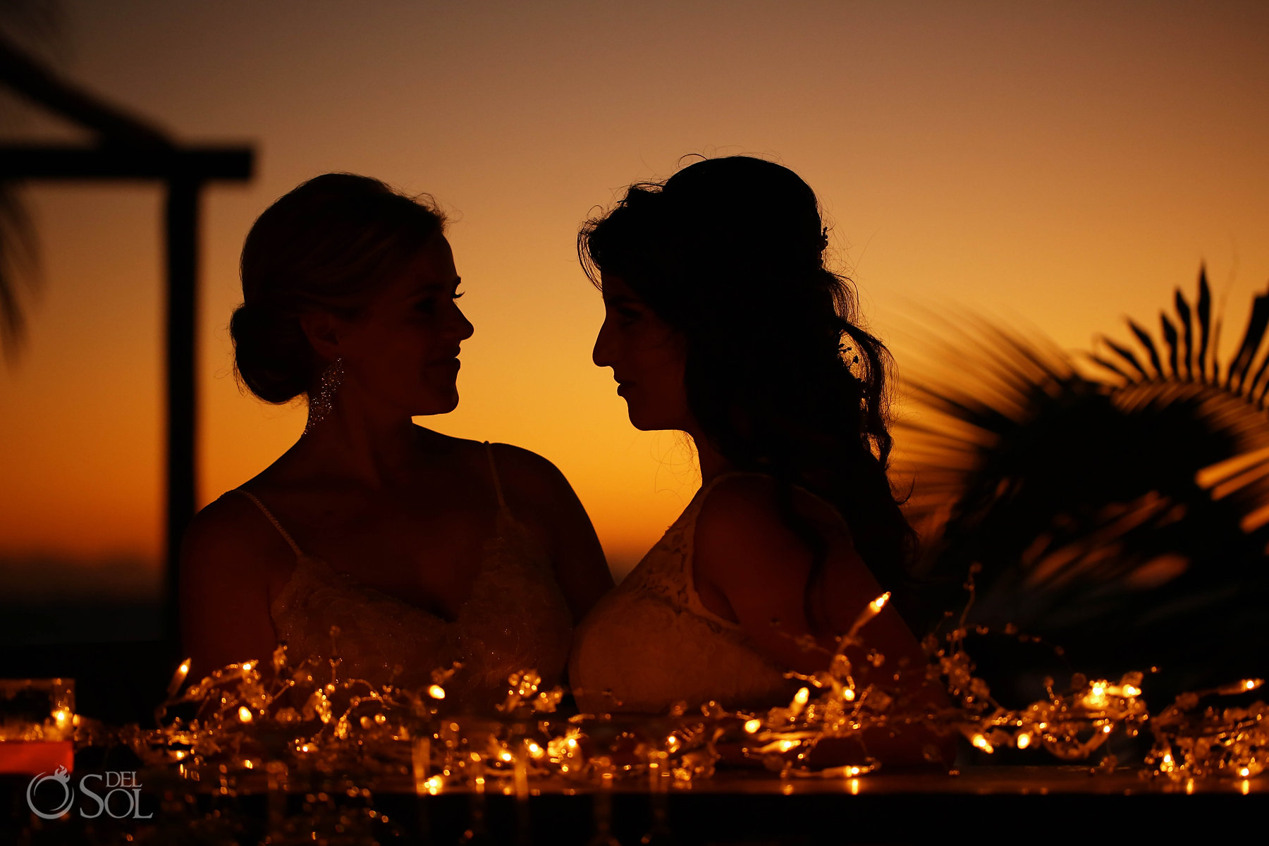 bride and bride lesbian wedding sunset photo session in isla mujeres
