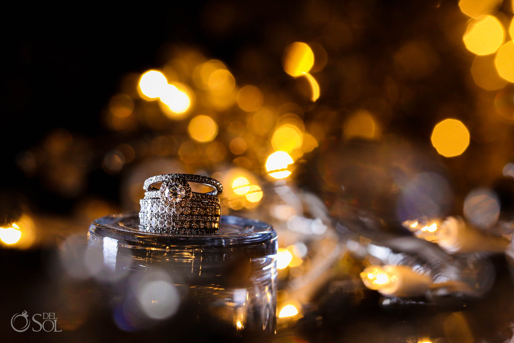 Lesbian wedding diamonds rings