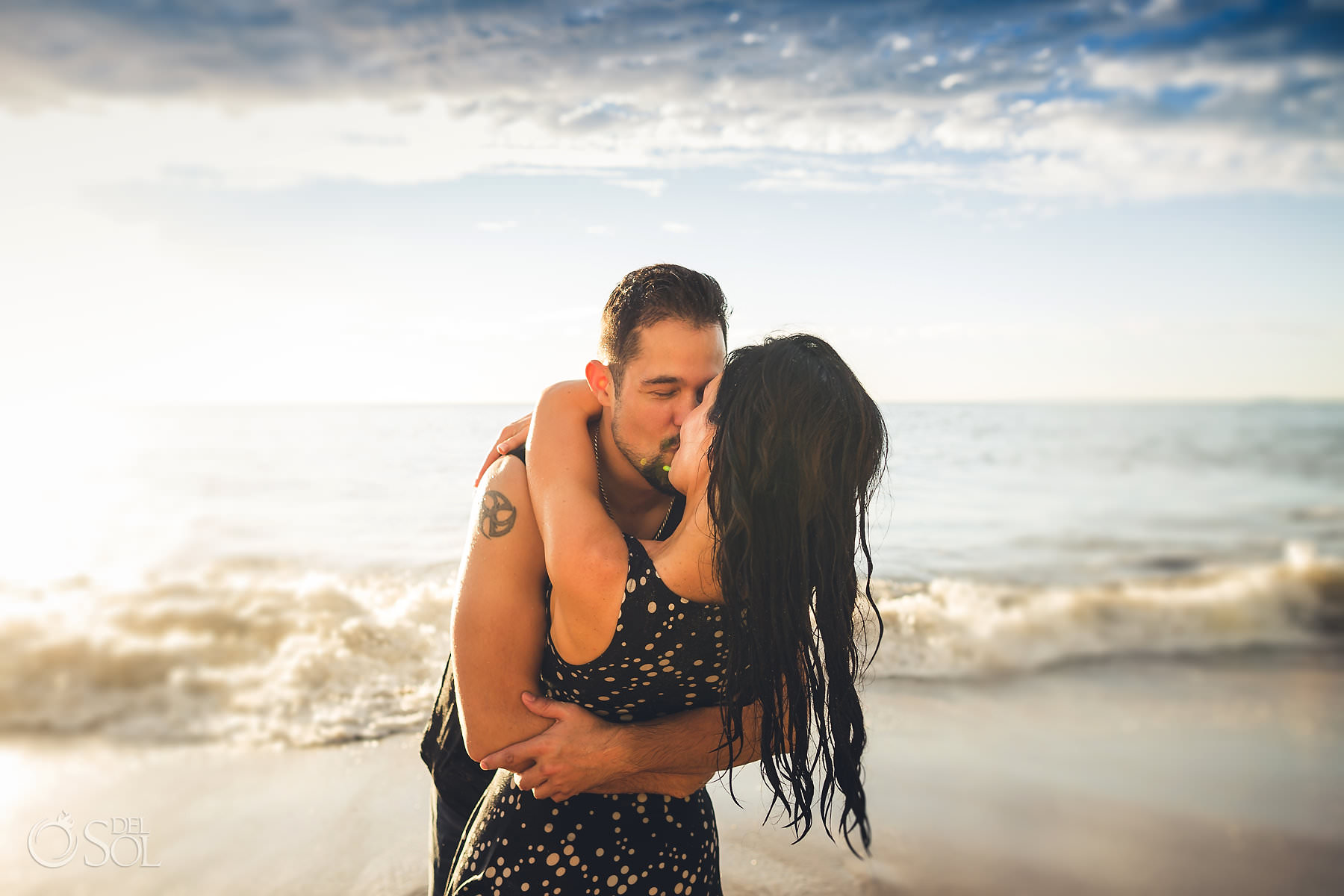 couple kissing on the beach Hyatt Ziva pre-Wedding photography