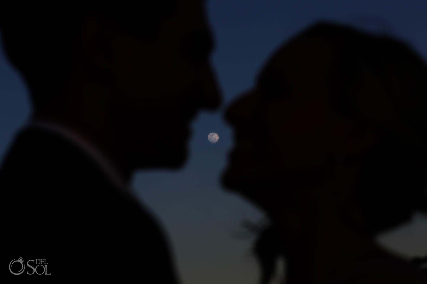 full moon kiss Andaz Mayakoba Wedding