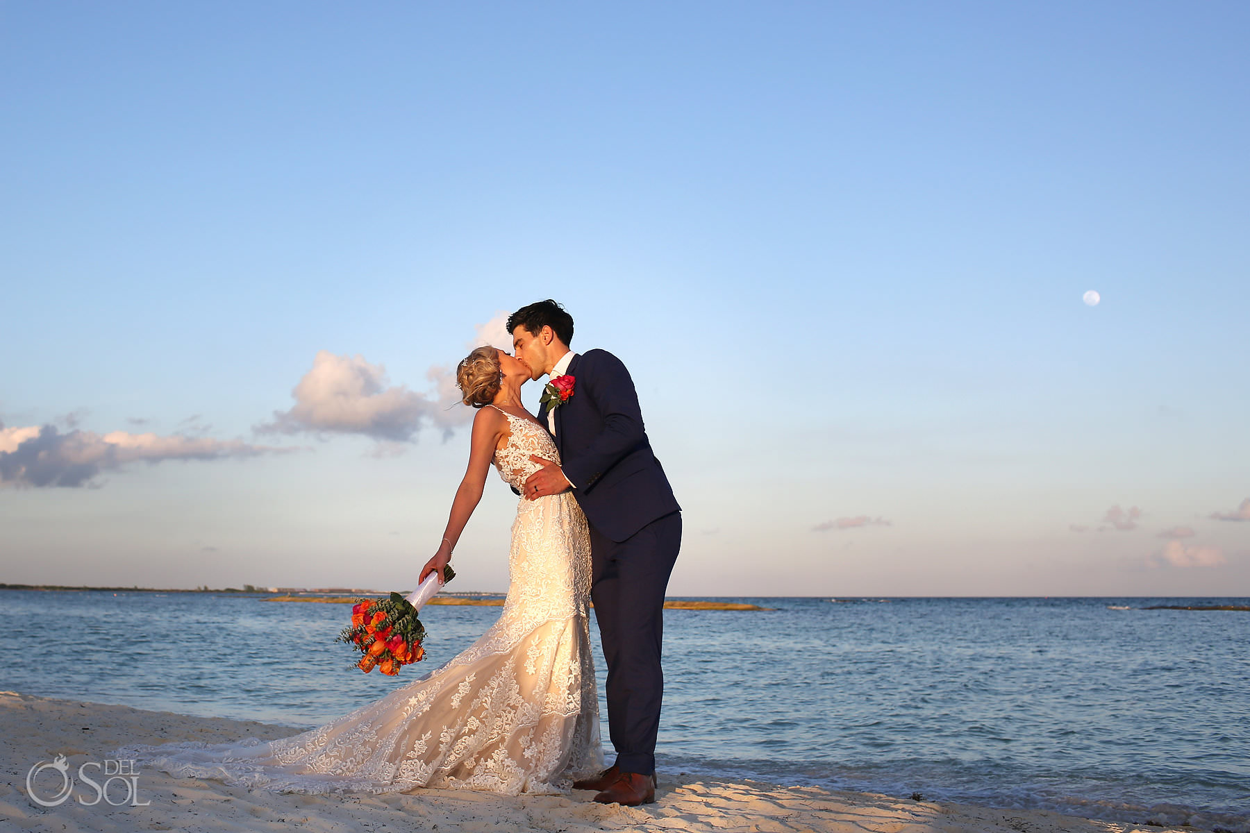 Beautiful bride and groom photography Andaz Mayakoba Wedding