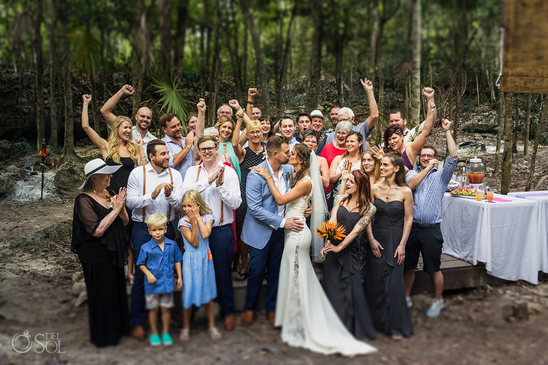la buena vida akumal wedding party