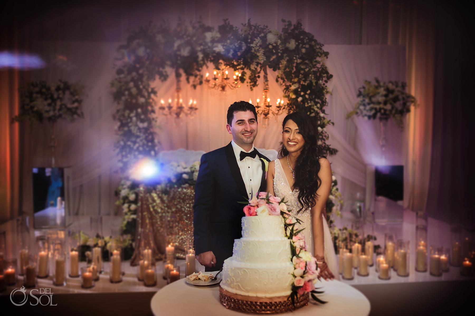 Natural flowers tre flowers wedding cake Dreams Tulum Jewish Wedding Reception