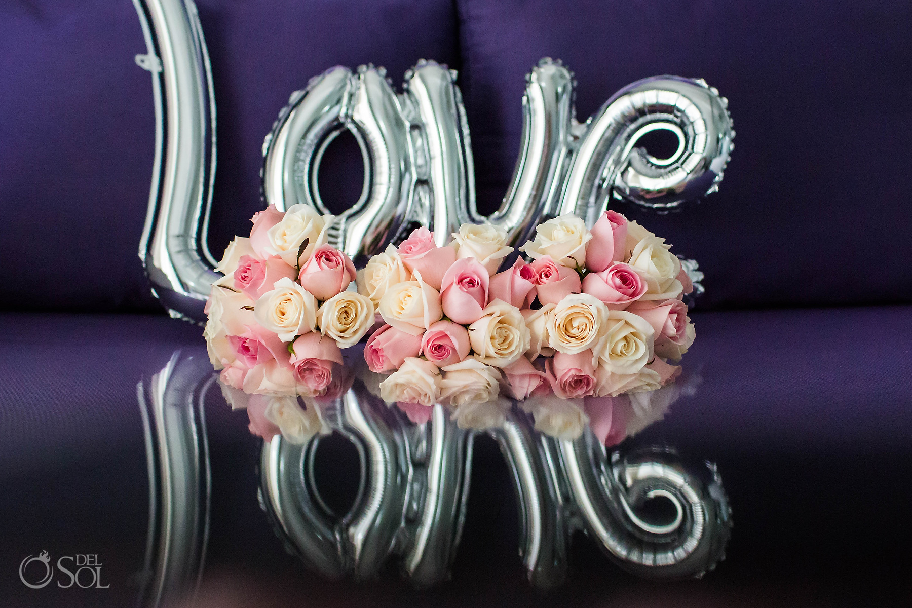 Love sign balloons