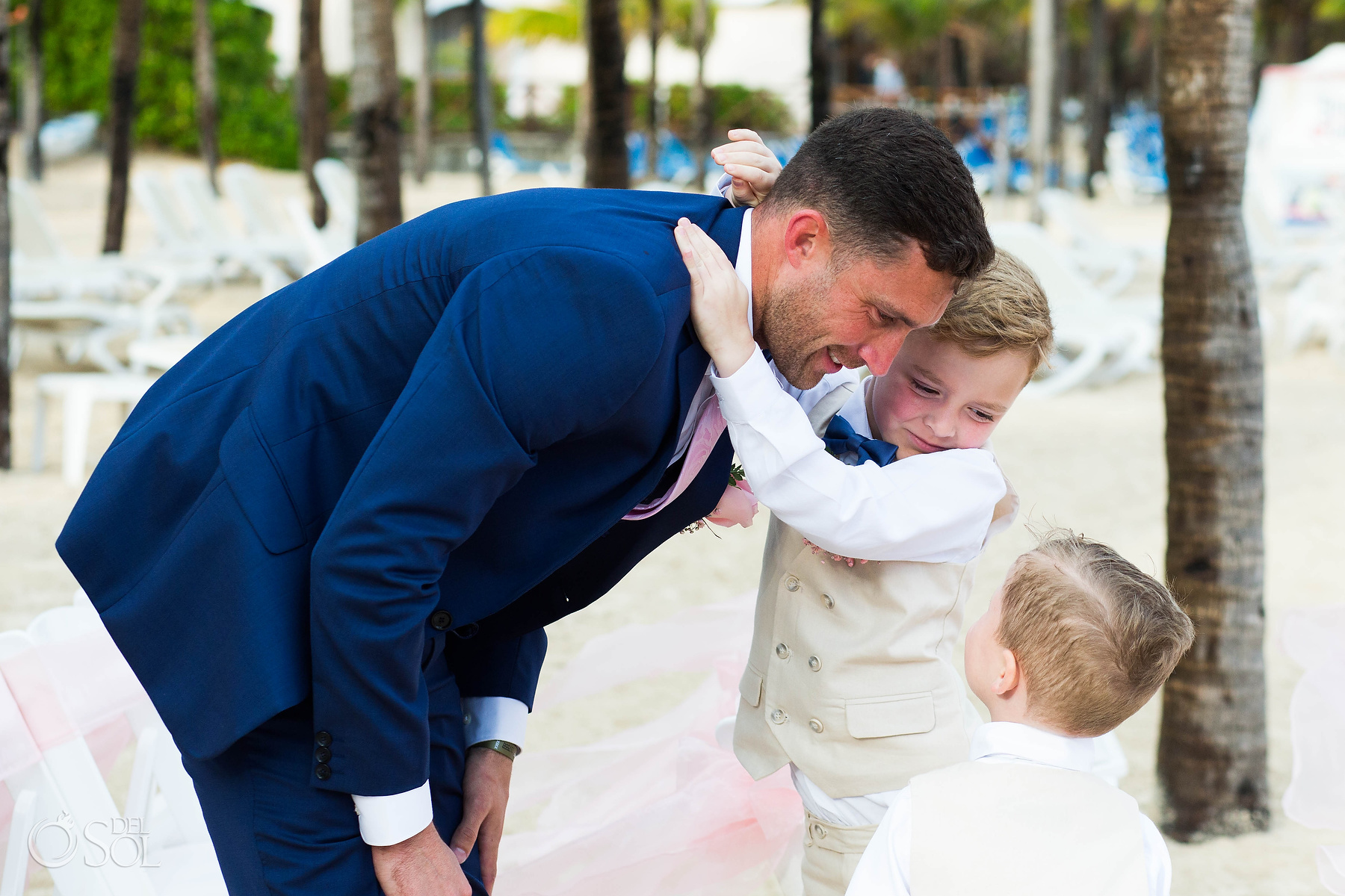 Groom and kid son wedding photographer