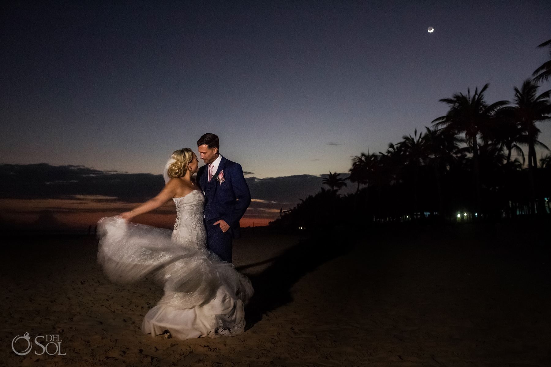 Groom and Bride sunset night photoshoot with moon at Riu Palace Mexico Wedding Photographer