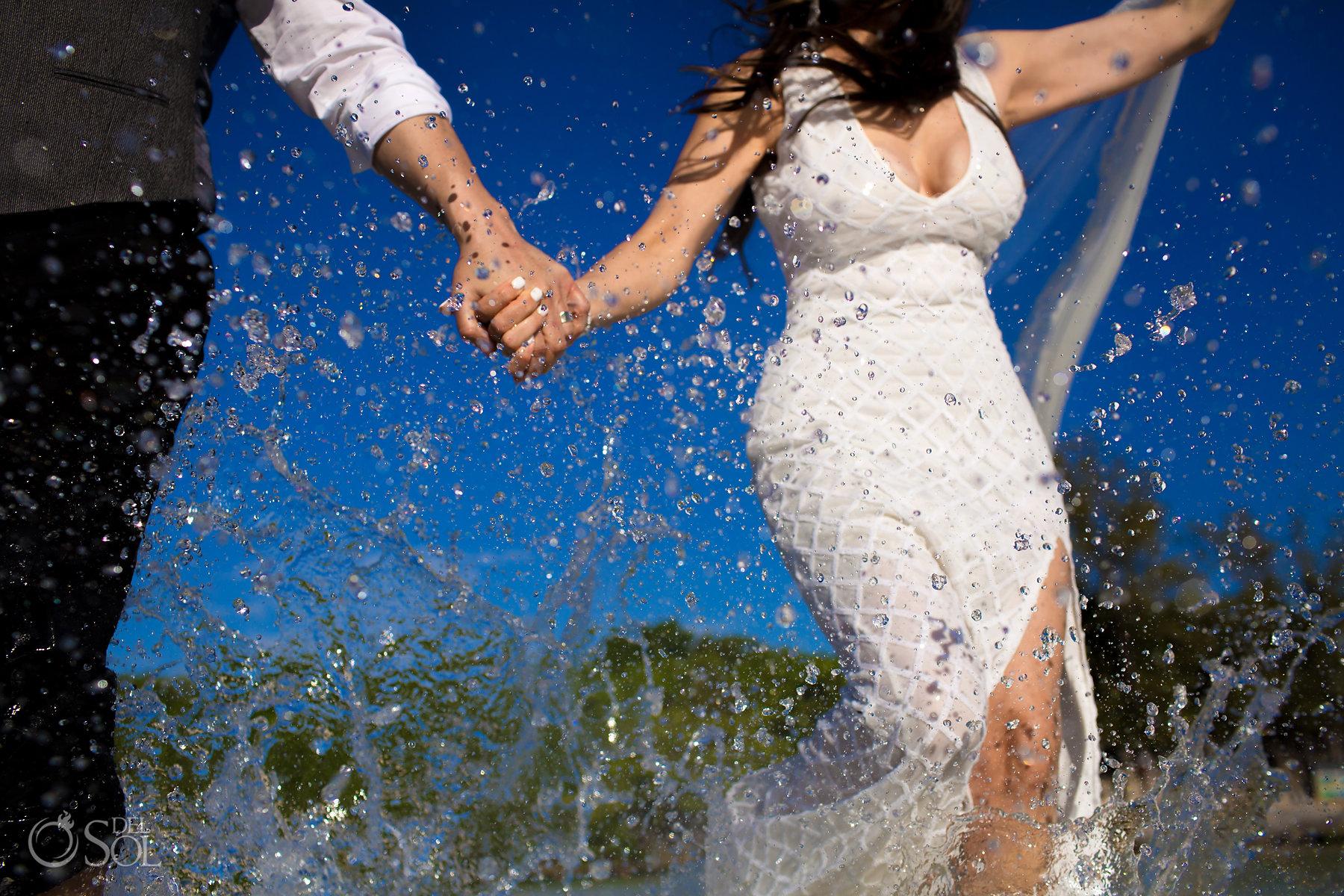Underwater Superman Photography trash the dress Riviera Maya