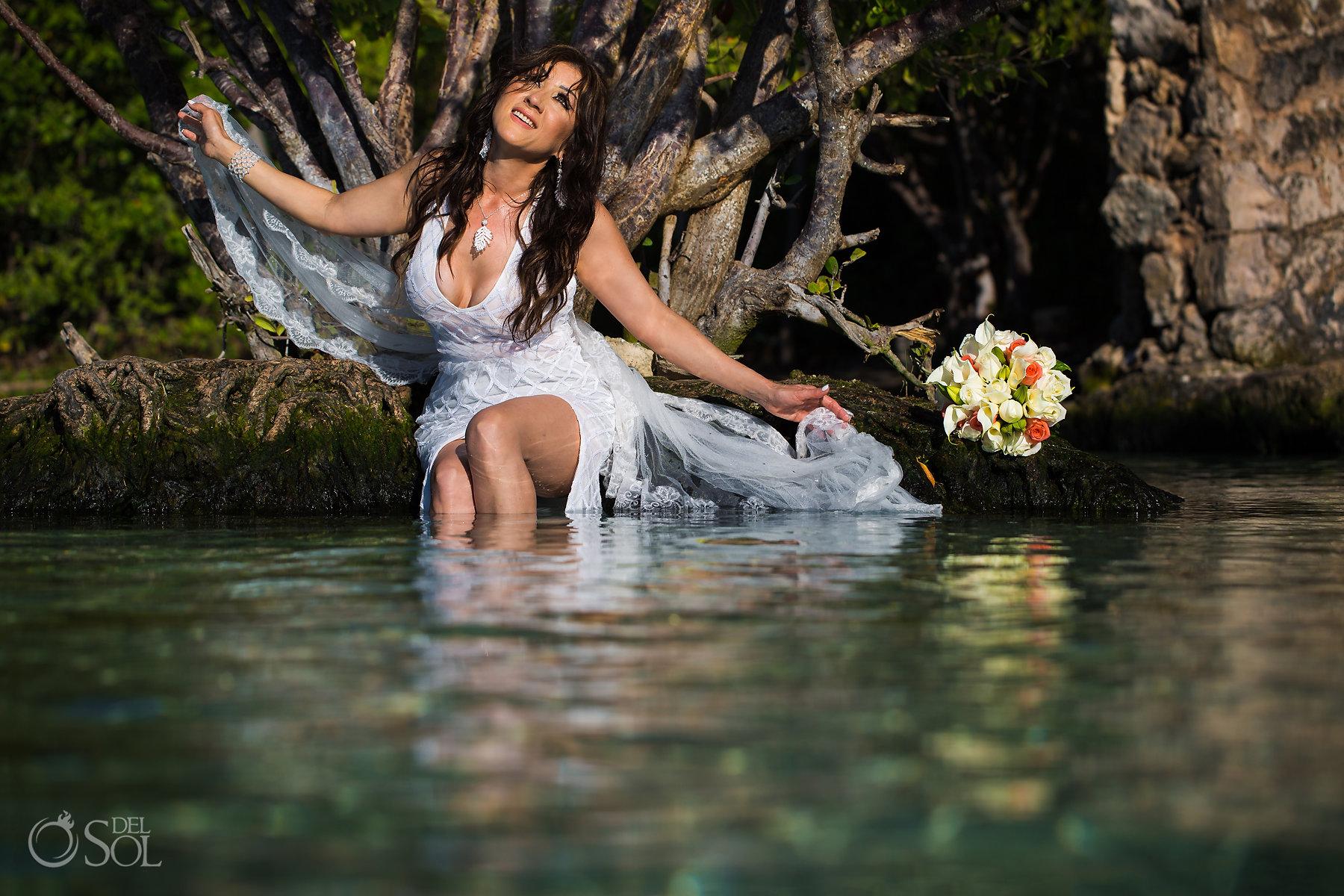 trash the dress photographer Playa del Carmen,