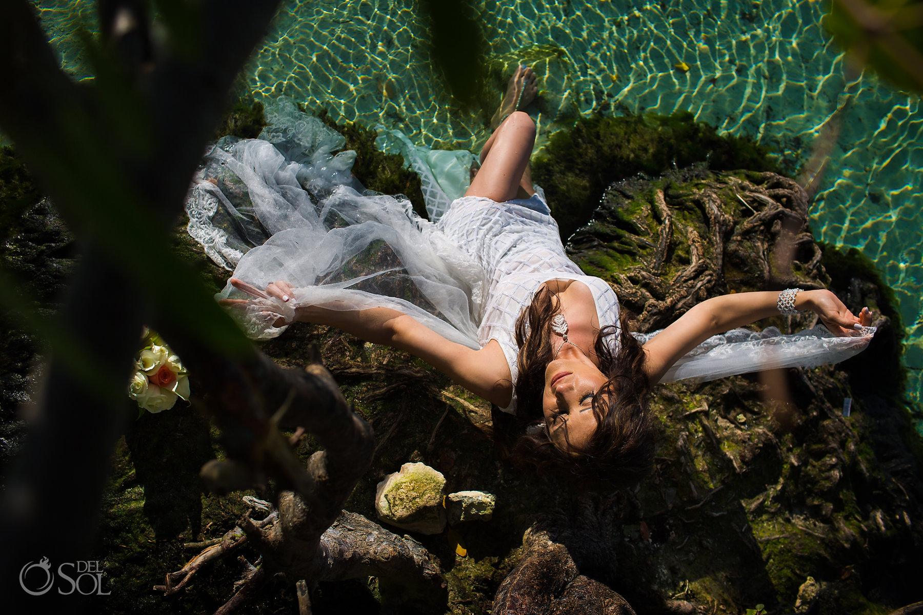 Playa del Carmen trash the dress photographer