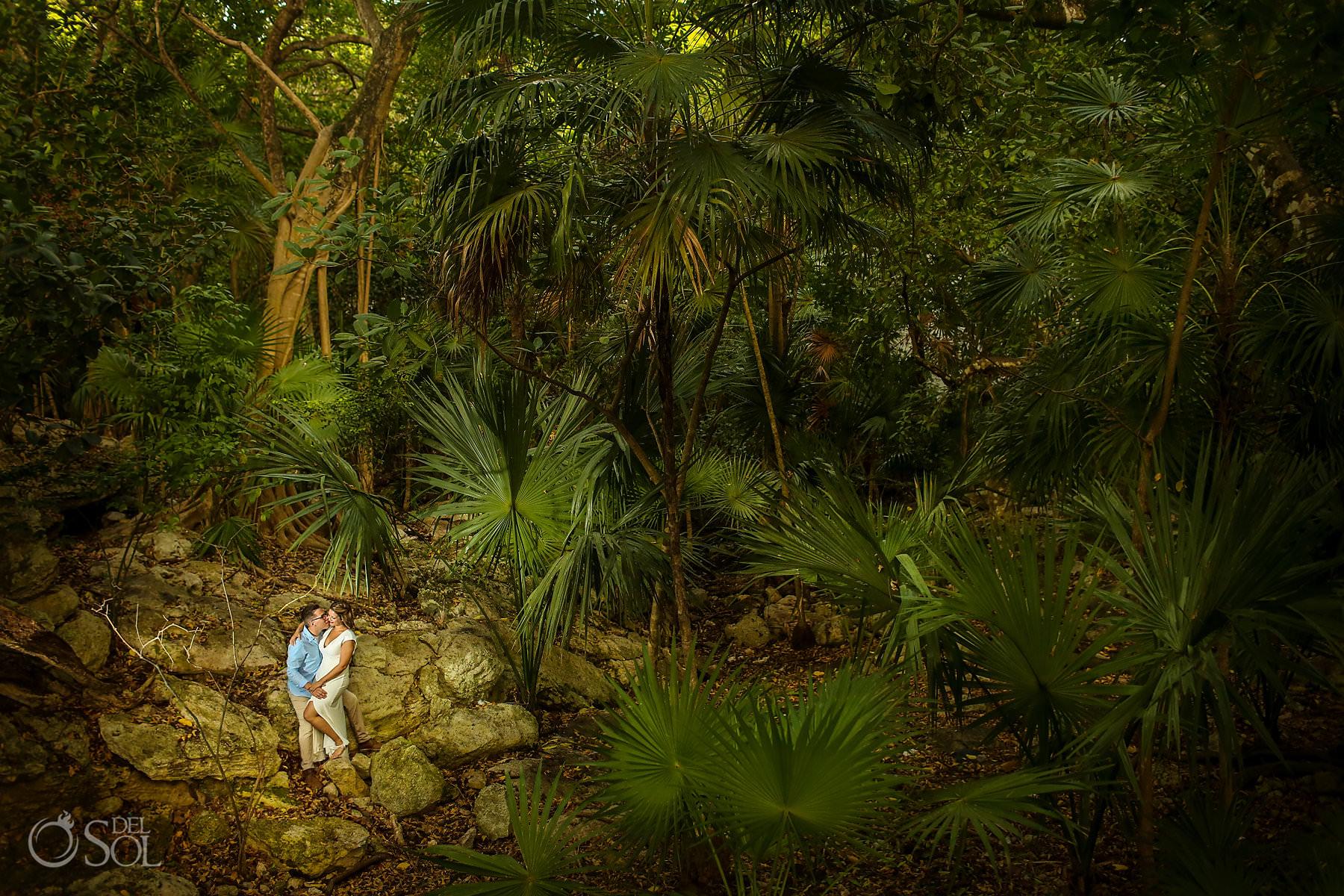 Engagement jungle Photography riviera maya