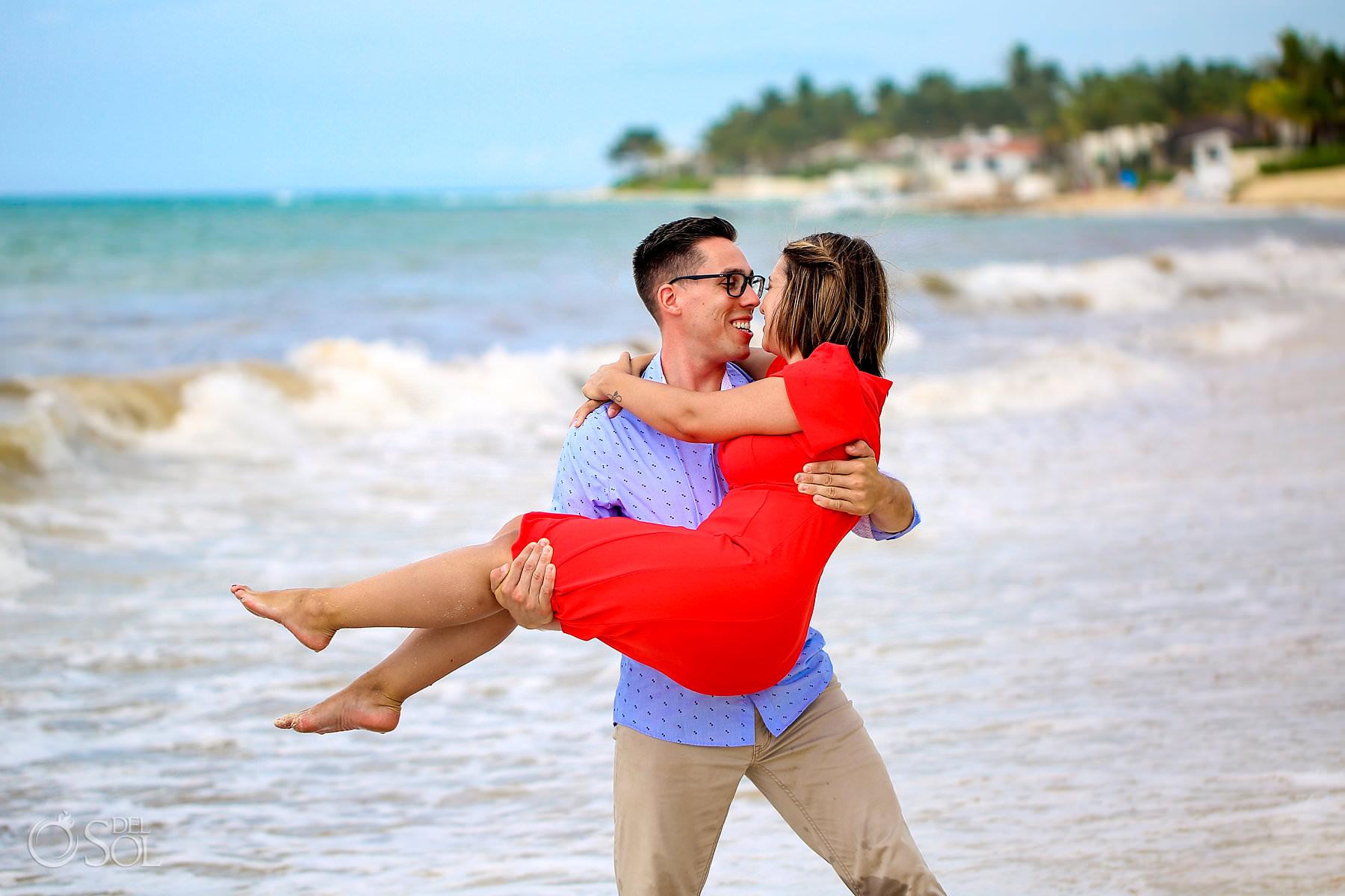beach engagement portraits