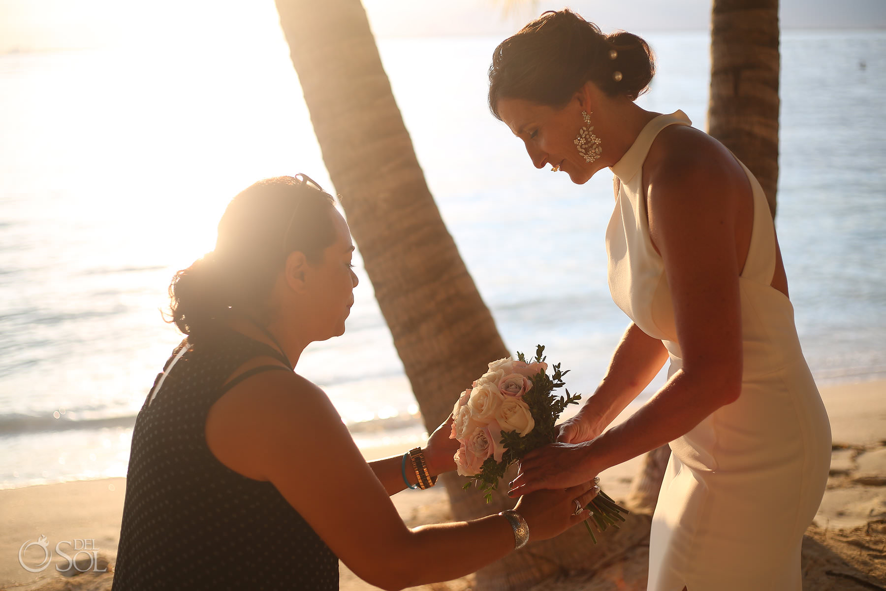 Isla Mujeres Elopement wedding coordination at Villa Makax