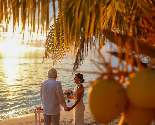#travelforlove Isla Mujeres Elopement wedding photographer