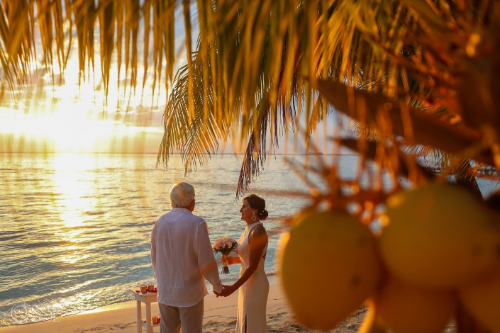 #travelforlove Isla Mujeres Elopement wedding photographer