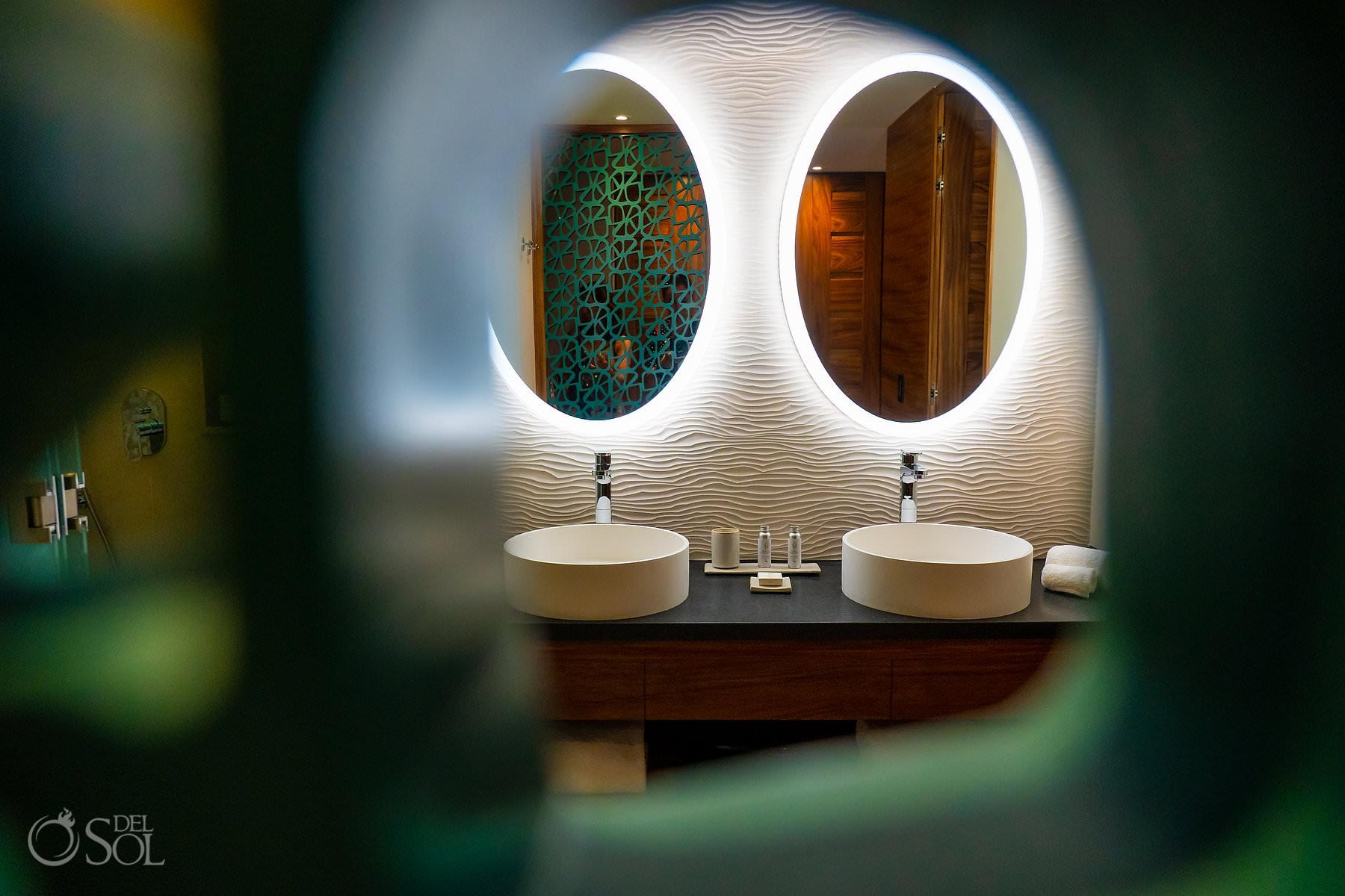 bathroom Palmaia House of Aia
