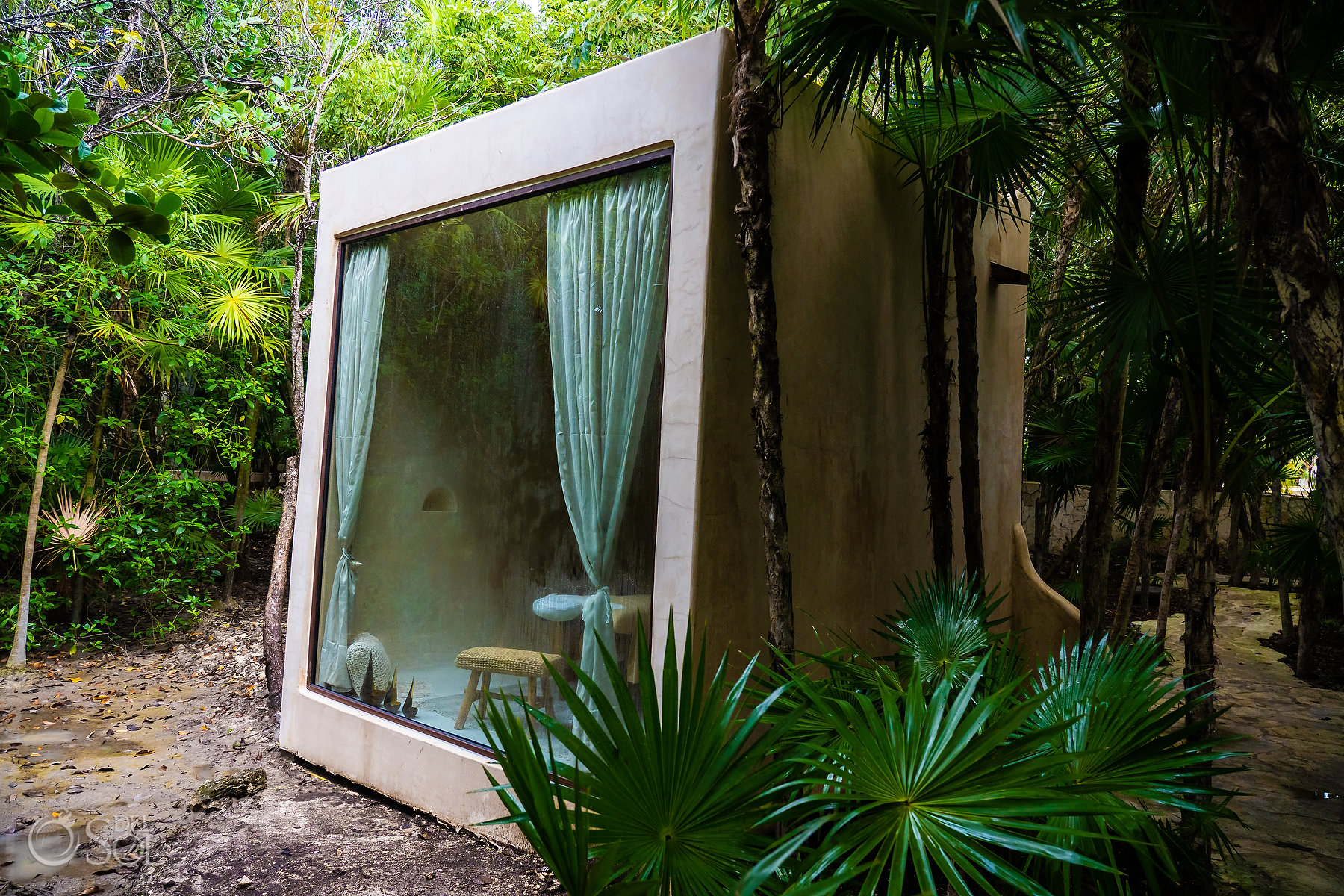 individual cabins in the jungle Palmaia House of Aia spa
