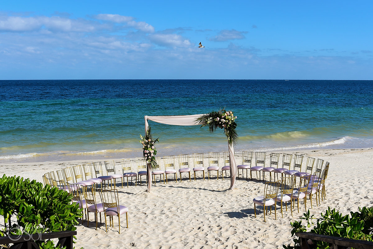 Circular guest seating Now Sapphire spiral wedding set up Tequila Beach
