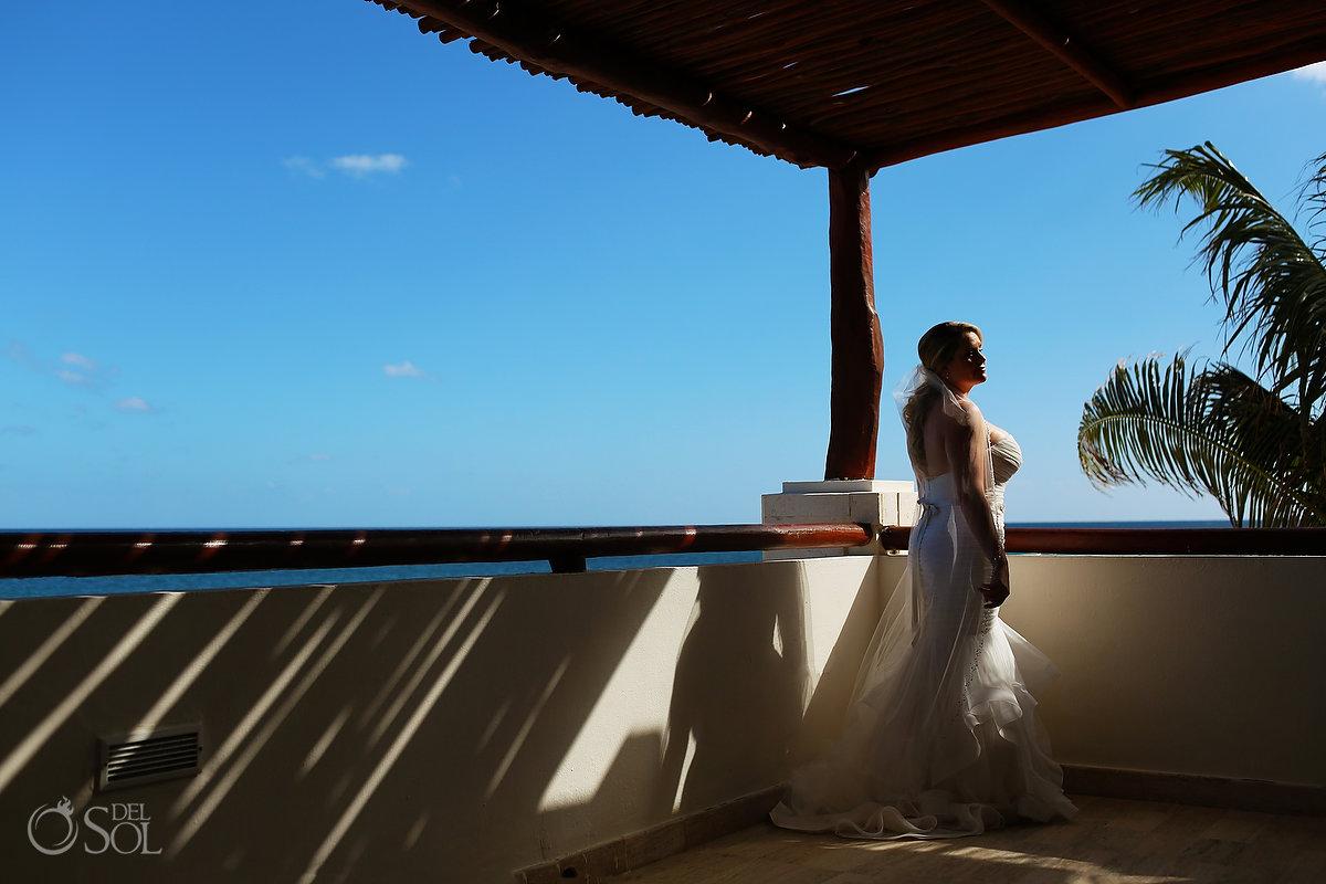 artistic bridal portrait govenor's suite Now Sapphire cancun Mexico